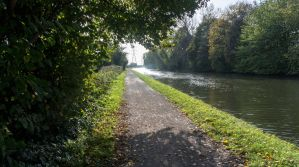 Down the Tow Path by TheBigDaveC