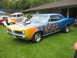 Pontiac GTO blown with flames by Partywave