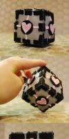 Cube: Companion Cube by HelloBatty
