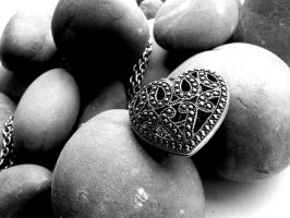 Greyscale pebbles by Hrst10