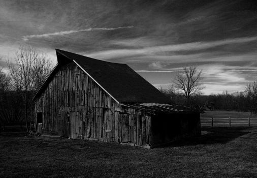 Old Barn by Jake-The-Ripper