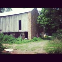 Barn. by LunaPicture