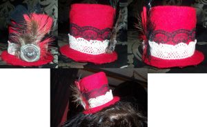Red Super Mini Tophat Clip by LadyMidnight81