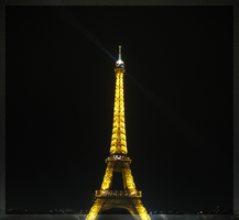 Eiffel Tower at Night by pa-he