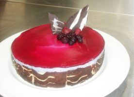 Mixed Berry Mousse Cake by myoutenshi