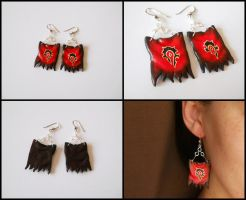 Horde flag earrings by GemDeDude