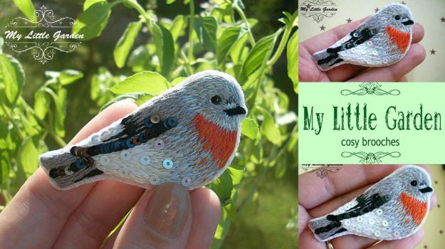Scarlet Robin brooch by My--Little--Garden