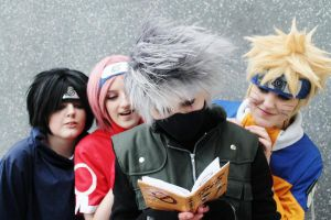 What's Kakashi reading..? by firecasterx2