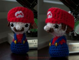 Tiny Mario! by SerKai