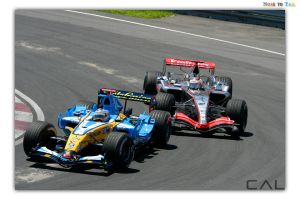 F1 Race: Nose2Tail by Calzinger