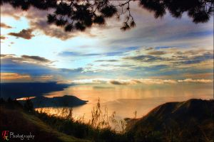 Toba Lake by Kromaggs