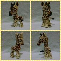 Giraffe Sculpture by LizaByte