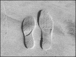 .footprints. by MarchandeDePlaisirs