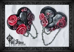black rose heart by LilifIlane