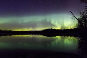 aurora lake by Antz0