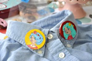 Brooches by Rinnanine