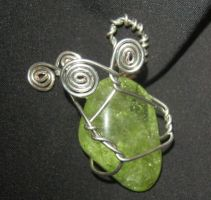 green stone wire wrap by Galasdian