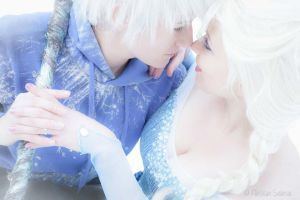 Frozen Love by Ivycosplay
