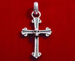 Large cross pendant with skull. by GerlachStyle