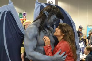 Gargoyles Goliath and Elisa Cosplay at DCC 2014 11 by PhoenixForce85