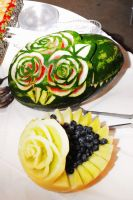Carved melon display by EruwaedhielElleth