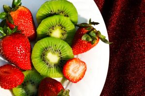 Strawberries Kiwis by Hyb666