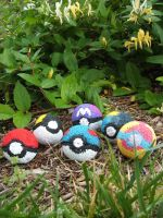 Pokeballs by temariswindyfriend
