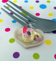 Miniature Vanilla Strawberry Icecream Cake by KrystalsTinyCakery