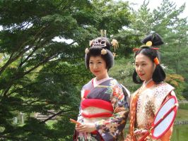 Geisha Girls by CyanideTeaparty