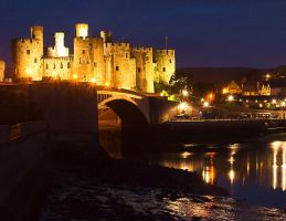 Conway Castle Night Shot by markthetog