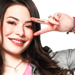 Miranda Cosgrove.Display.3 by SoNaturallySG
