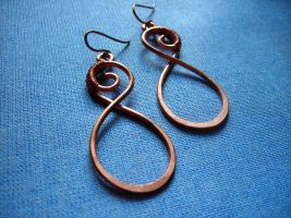 infinity Earrings by pikabee