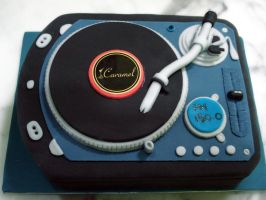 DJ Spin That Cake by Sliceofcake