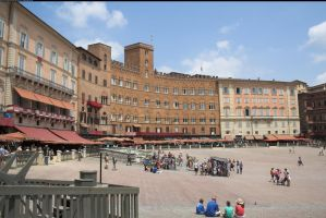 Piazza del Campo 2 by enframed
