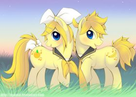 My Little Diva- Kagamine Twins by Nyaasu