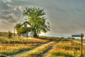 Lonely house 2 by Th3R3v3nan7