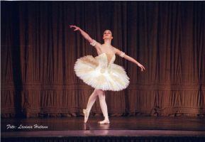 Untitled Ballet2 by fripturici