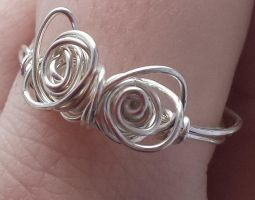 Wire Wrap Double Flower Ring With Woven Backing by DruidOfTheValeDesign