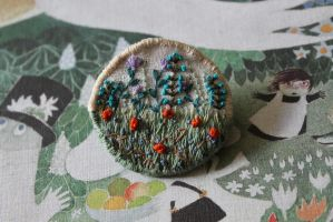 Garden Brooch - front by l-heure-du-the