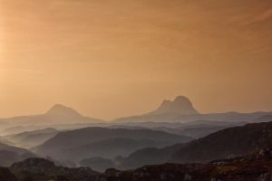 Suilven and Canisp Sunrise by derekbeattieimages