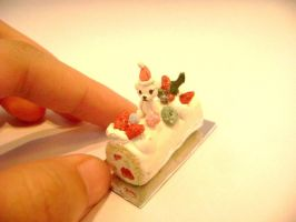 Pea's house miniature by lovely301090