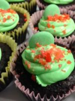 Chocolate Cupcakes by storyteller2899