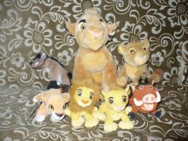 My lion king plush May 2011 by ZiraLovesScar