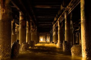 Pillars and Posts by henroben
