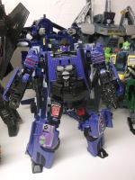 COUNTERPUNCH, AUTOBOT OR DECEPTICON? YOU DECIDE! by forever-at-peace