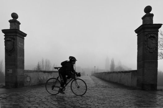 Ride under the fog II by greatkithain