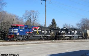 Veterans 6920 passing a Ex Conrail 3388 by EternalFlame1891