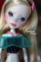 Lagoona Blue by Amber-Honey