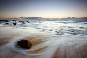 Shelly Beach Sunrise by eye-of-tom
