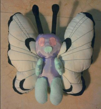 Butterfree plushie :) by PinkTribble